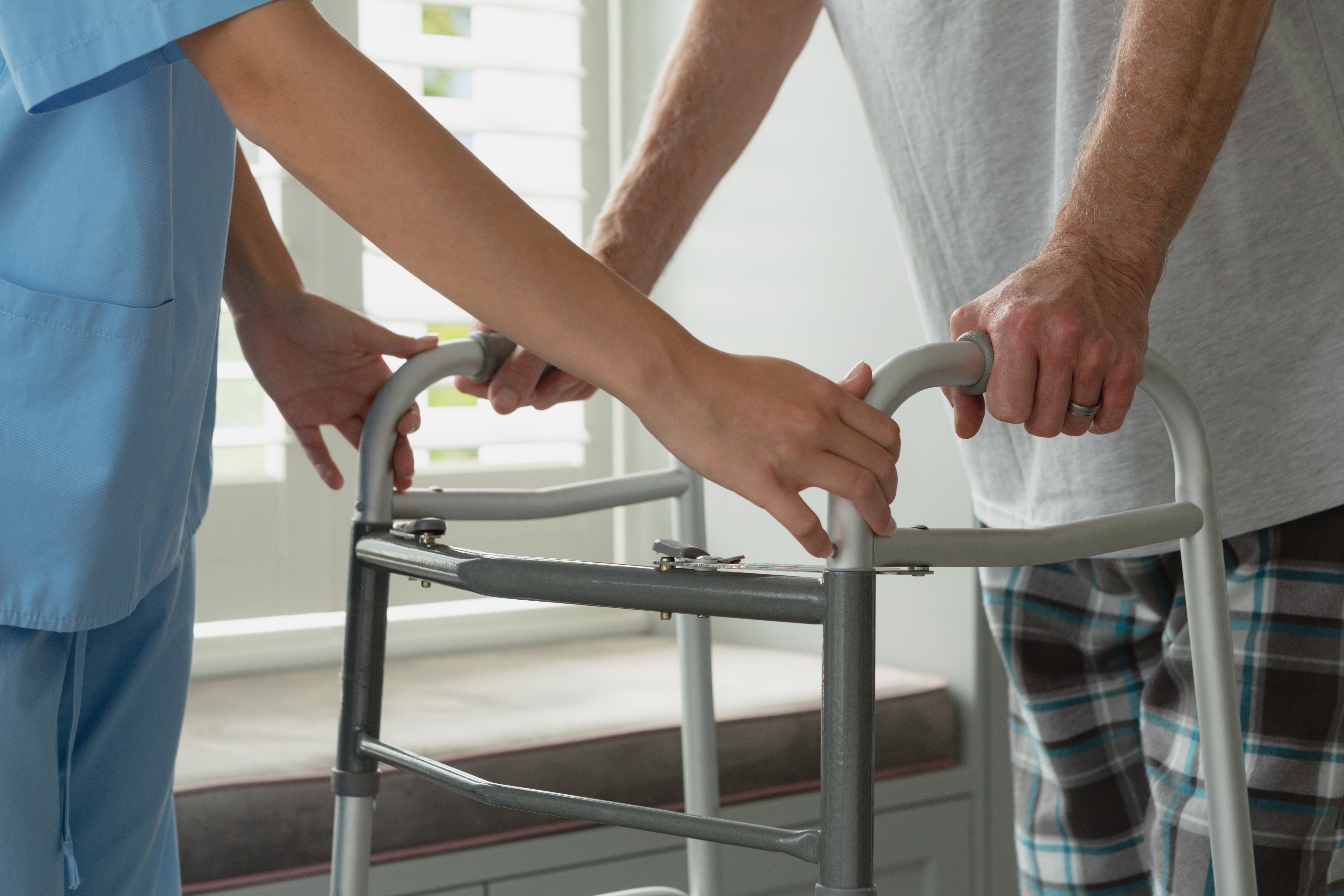 Back On Your Feet: Recovery Following Knee Replacement Surgery
